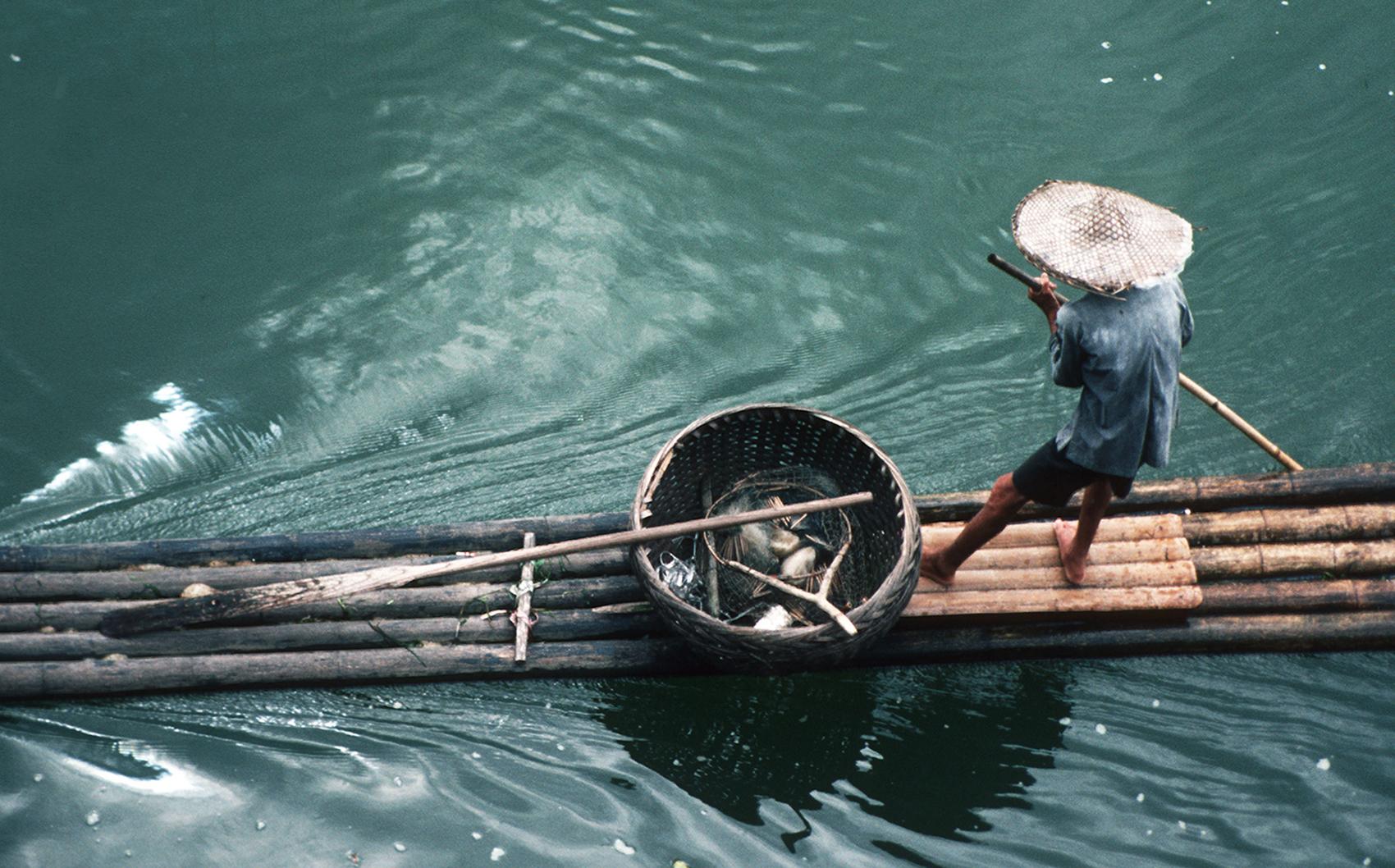 sistemata Sonia Costa_The raft, Guilin China
