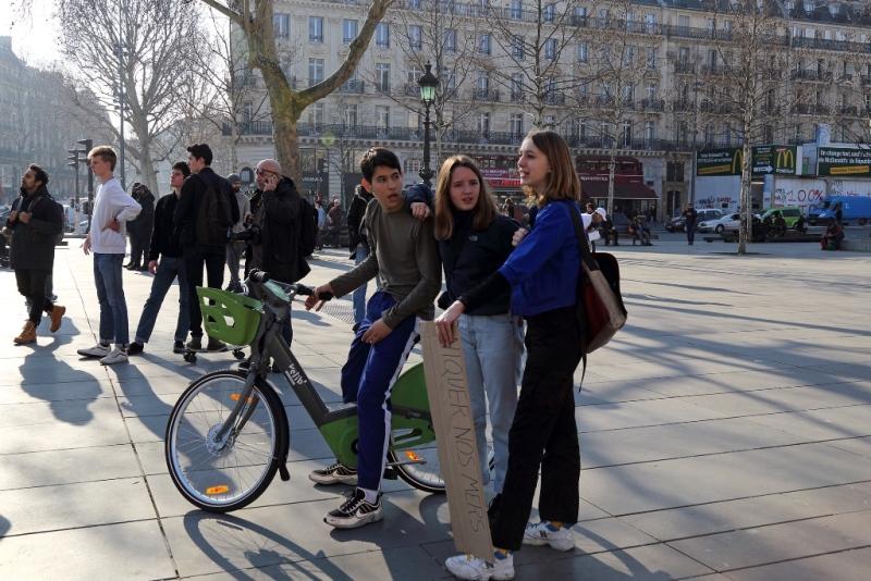 14Sonia Costa_Millennials on the move
