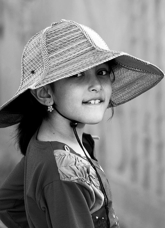Sonia Costa_Straw hat
