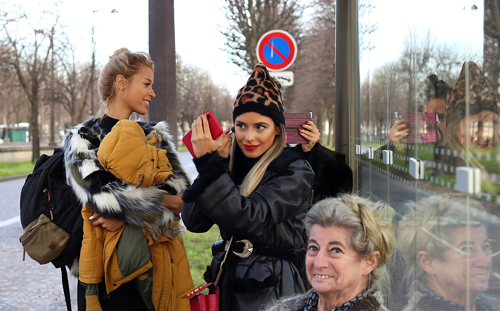 misure giuste bis Sonia Costa_Bus stop