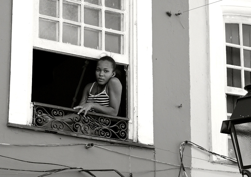 sito Sonia Costa _ Girl in the window