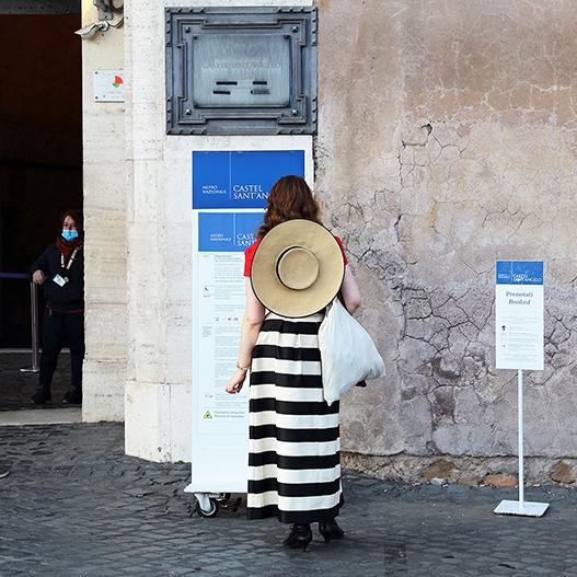 copertina Sonia Costa _ Lonely tourist