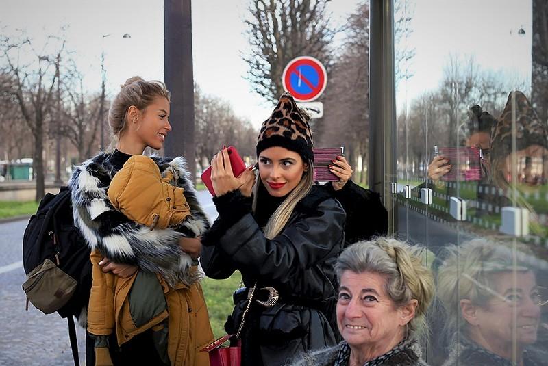sito Sonia Costa _ Bus stop