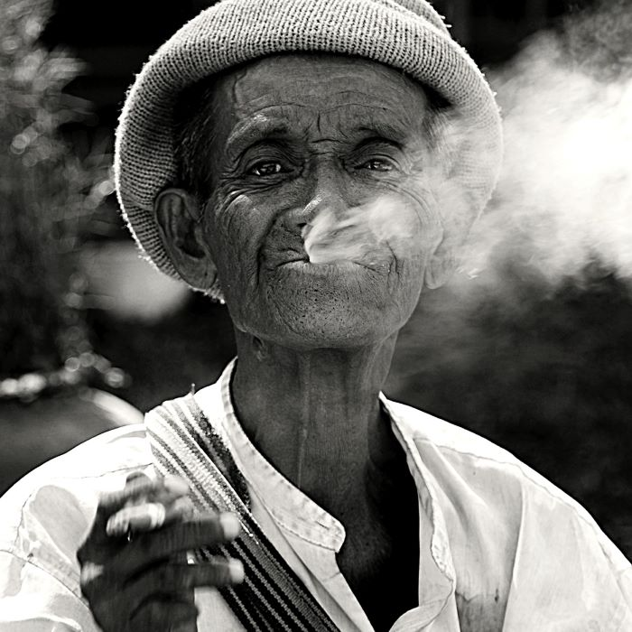 sito Sonia Costa_The cigar