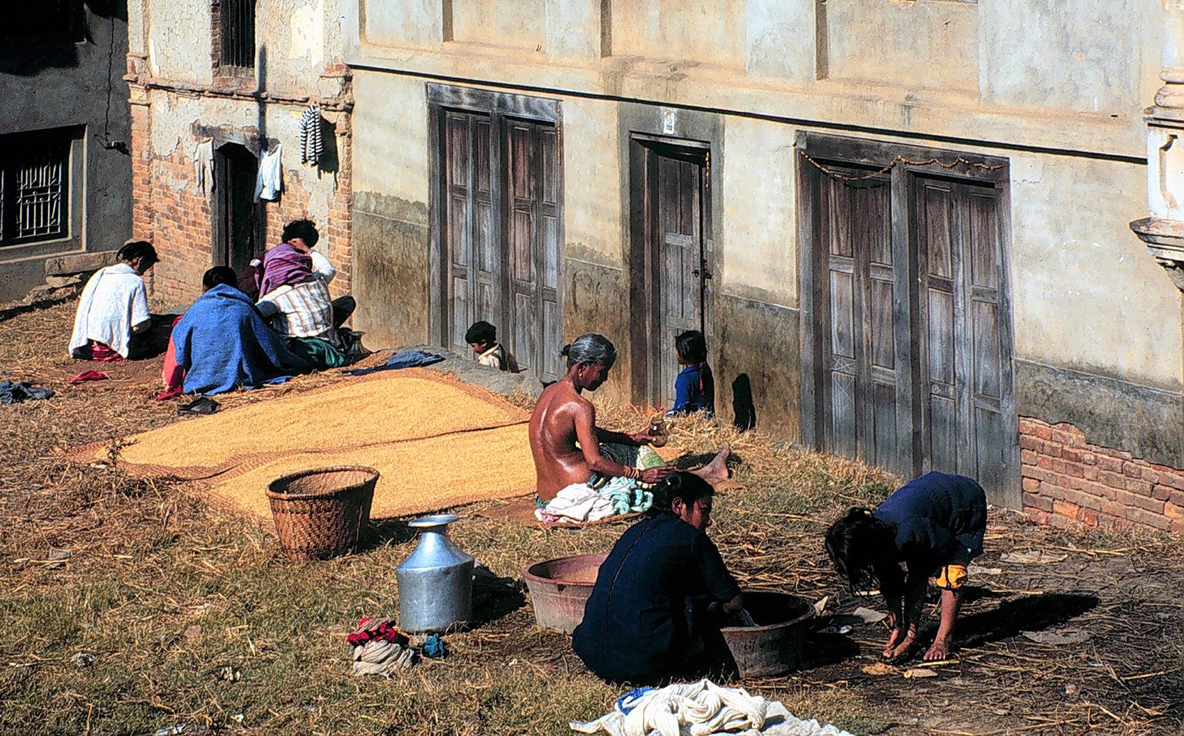 misure giuste Sonia Costa _ Afternoon in the village